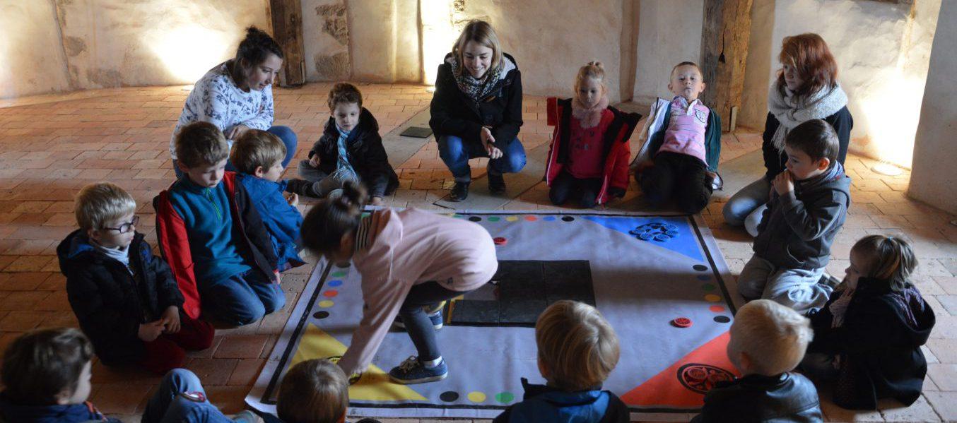 atelier maternelles - tirer son pion du jeu