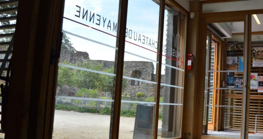 services - entrée du musée